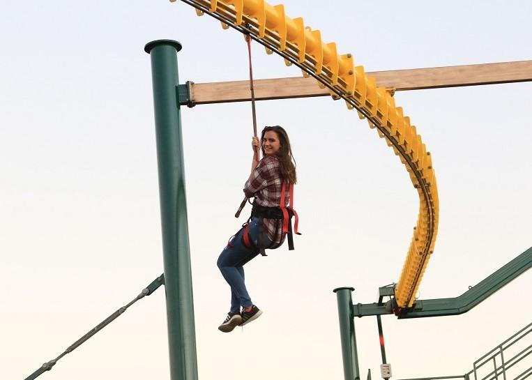 Twisted Trails Zip Rail