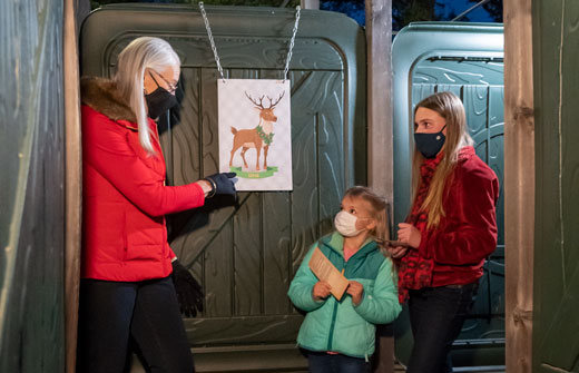 AMAZE'n Reindeer Round Up | Natural Bridge Caverns
