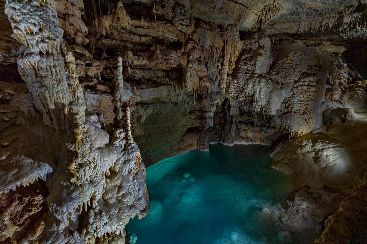 Emerald Lake | Natural Bridge Caverns